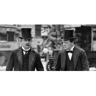 LG and Churchill in 1910